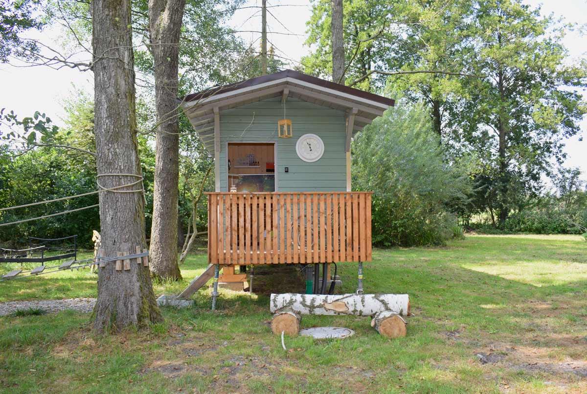 baumhaus sauna baumhotel auszeit urlaub im baumhaus bayern ferien bernachten natur. Black Bedroom Furniture Sets. Home Design Ideas